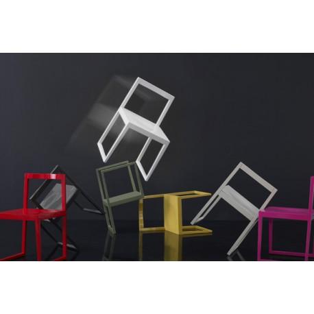 Silla Ann lacada asiento tapizado