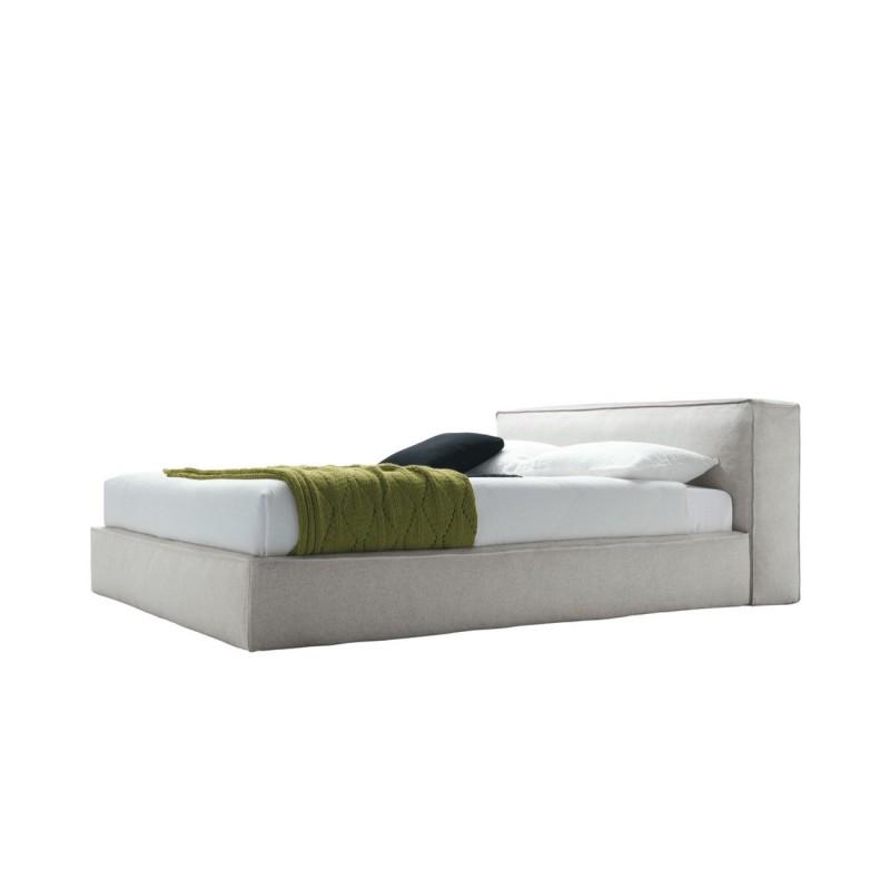 Cama de dise o italiano tapizada modelo mark de jesse for Cama diseno