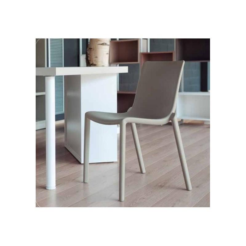 Silla kat de josep llusc sillas de dise o para exterior for Sillas de diseno outlet