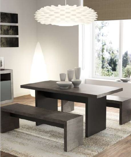 Mesa + 2 bancos